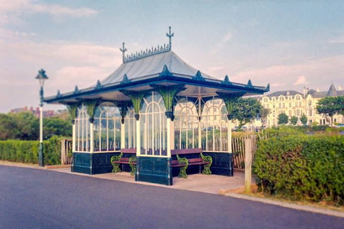 Old Shelter, Kings Gardens, Southport
